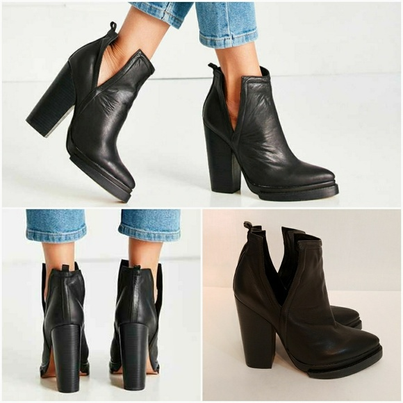c24248eaf3af8 Jeffrey Campbell Shoes - Jeffrey Campbell Who s Next Platform Boots